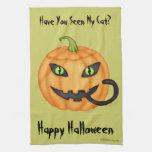 Gato que oculta en toalla de cocina de Halloween d