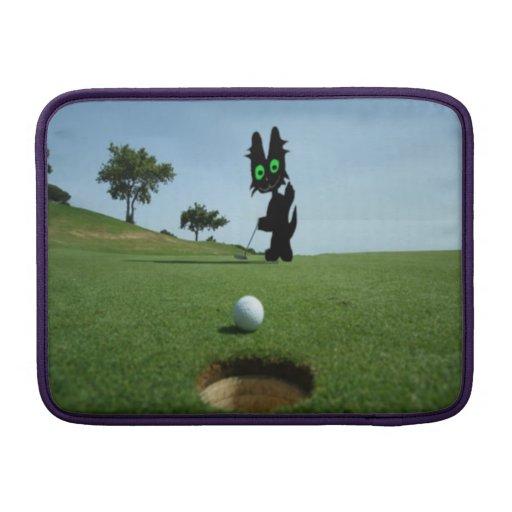 Gato que pone una pelota de golf