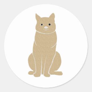 Gato que se sienta marrón claro pegatina redonda