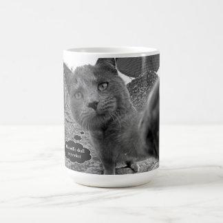 Gato que toma la taza de Purrfect Selfie