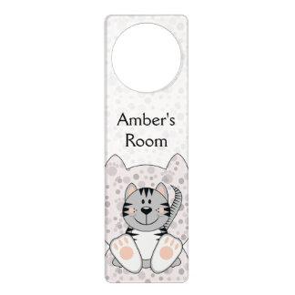 Gato rayado gris de Cutelyn Colgadores Para Puertas
