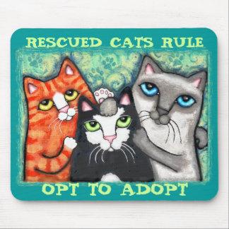 Gato rescatado/del refugio tapete de ratones