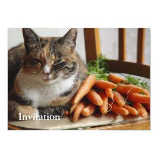 """Gato """"rojo"""" con las zanahorias invitación 5"""" x 7"""""""