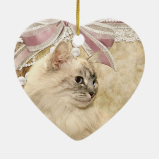Gato romántico hermoso del gatito adorno navideño de cerámica en forma de corazón