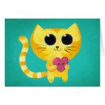 Gato romántico lindo con el corazón sonriente tarjeta de felicitación