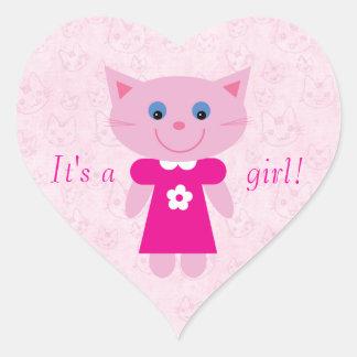 Gato rosado lindo del dibujo animado su un nuevo pegatinas corazon