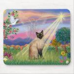 Gato siamés - ángel de la nube alfombrillas de raton