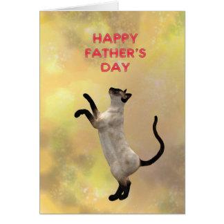 Gato siamés y el día de padre tarjeta de felicitación