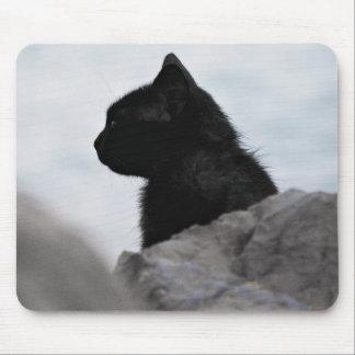 Gato temático, negro negro con la cabeza dada tapetes de ratones