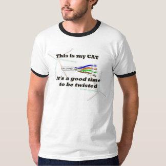 gato torcido poleras