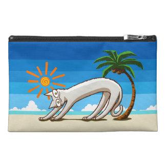 Gato tropical de la playa del verano