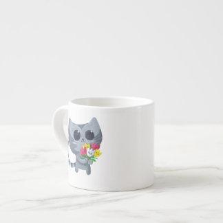 Gato y flores lindos del gatito taza espresso
