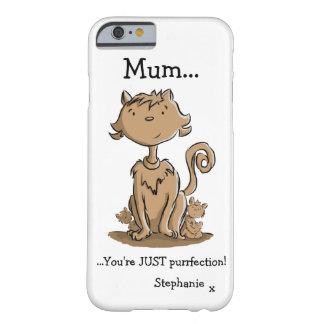 Gato y gatitos lindos de la mamá funda para iPhone 6 barely there