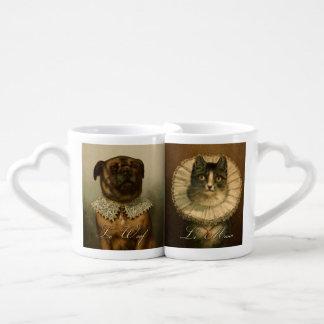 Gato y perro de lujo del vintage en cuellos rizado set de tazas de café