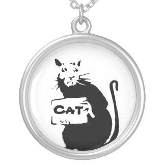 Gato y ratón collar plateado