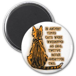 Gatos adorados como dioses imán redondo 5 cm