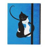 Gatos blancos y negros lindos azules en folio del  iPad coberturas