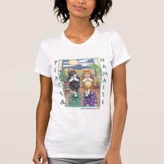 Gatos brote de la yoga y camiseta de Tony Poleras