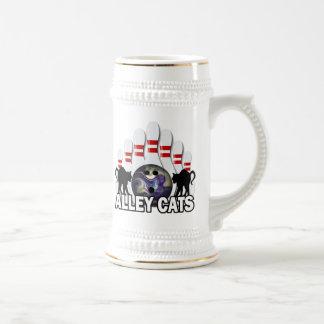 Gatos callejeros jarra de cerveza