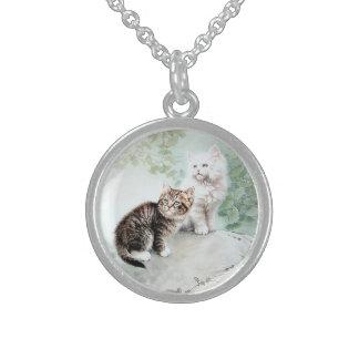 Gatos chinos del arte dos del gato collar de plata de ley