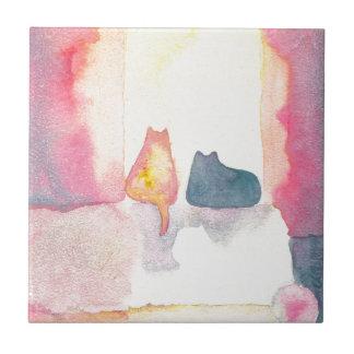 Gatos coloridos en un sofá soleado azulejo cuadrado pequeño