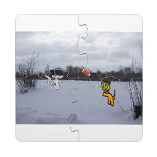 Gatos con fútbol del juego de los gorras en la posavasos de puzzle