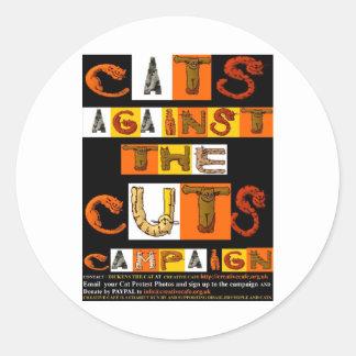 Gatos contra la campaña de los cortes pegatinas redondas
