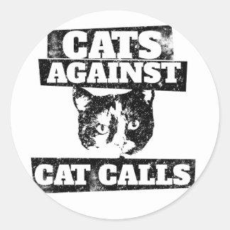 Gatos contra llamadas del gato pegatina redonda