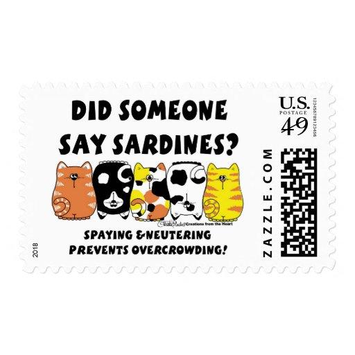 Gatos de la sardina franqueo