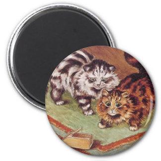 Gatos de Louis Wain y una ratonera Imán Redondo 5 Cm