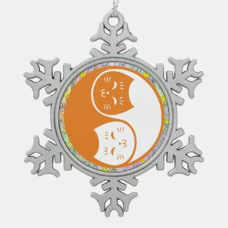 Gatos de Yin Yang en naranja Adorno De Peltre En Forma De Copo De Nieve