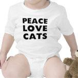 Gatos del amor de la paz camisetas