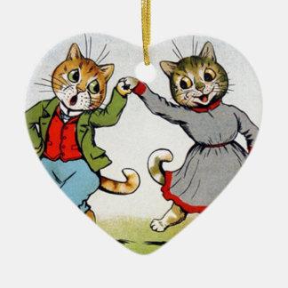 Gatos del baile adorno navideño de cerámica en forma de corazón