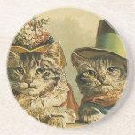 Gatos del Victorian del vintage en los gorras, Posavasos Diseño