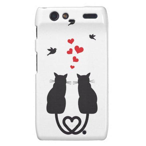 gatos en amor con los corazones y los pájaros motorola droid RAZR carcasas