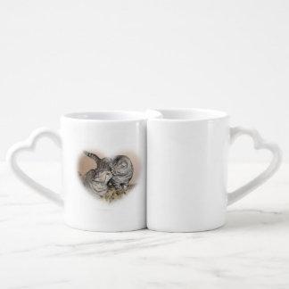 Gatos en amor - los amantes del gato asaltan el taza para parejas