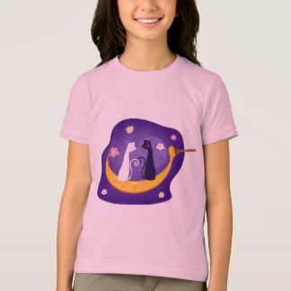 Gatos en la camiseta de la luna de la miel playeras