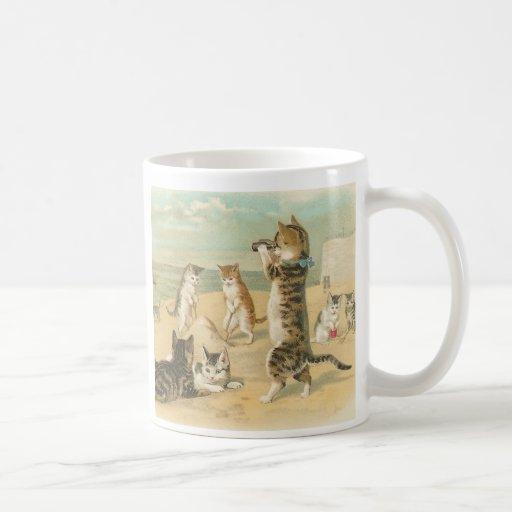 """""""Gatos en taza del vintage de la playa"""""""