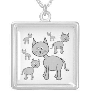 Gatos grises lindos. Historieta del gato Colgante Cuadrado