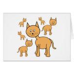 Gatos lindos del jengibre.  Historieta del gato Felicitacion