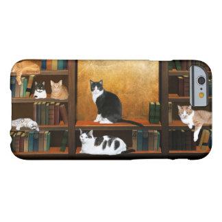 Gatos literarios del gatito funda de iPhone 6 barely there