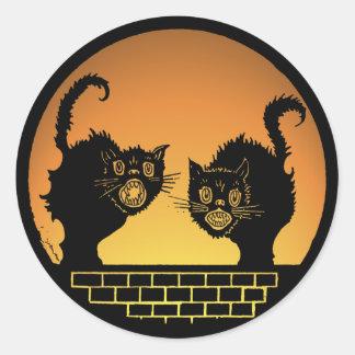 Gatos negros asustadizos de Halloween Pegatina Redonda