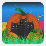 Gatos negros de Halloween con los pegatinas de las Calcomanías Cuadradass