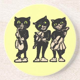 Gatos negros del vintage del músico posavasos cerveza