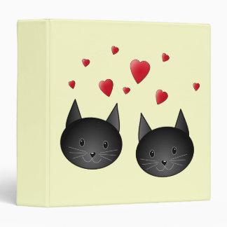 """Gatos negros lindos con los corazones, en la crema carpeta 1 1/2"""""""
