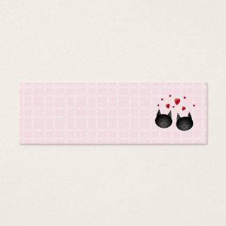 Gatos negros lindos con los corazones, en pálido - tarjetas de visita mini