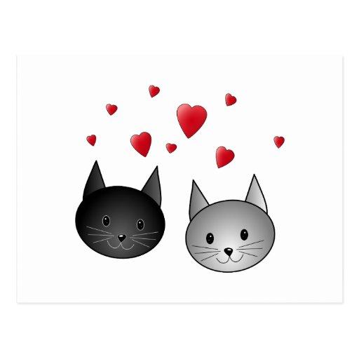 Gatos negros y grises lindos, con los corazones tarjeta postal