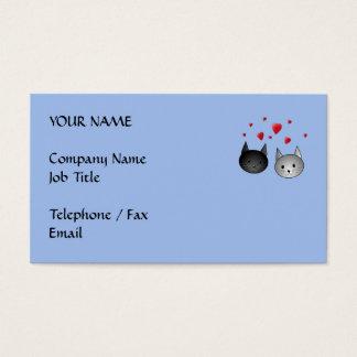 Gatos negros y grises lindos, con los corazones tarjetas de visita