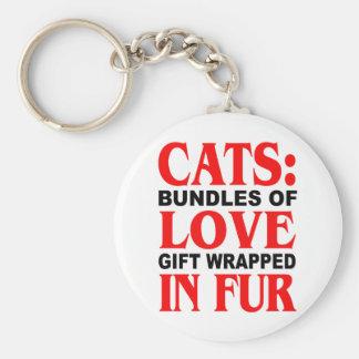 Gatos: Paquetes de regalo del amor envueltos en pi Llavero Redondo Tipo Pin