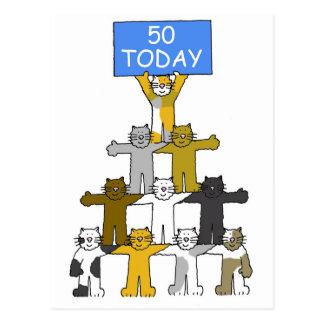 Gatos que celebran el 50.o cumpleaños postal